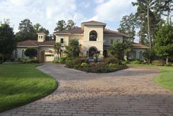 Beautiful Luxury Home With Yard Marietta
